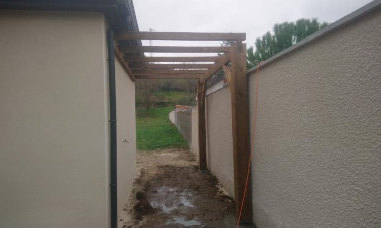 Installation d'une pergolas à Bonson