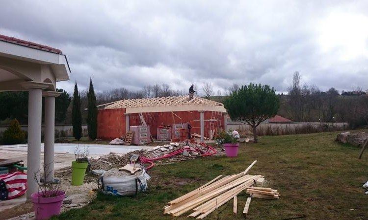 Création d'une pool house à Bonson