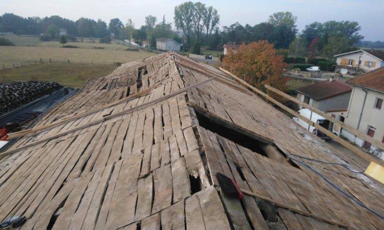 Installation d'une couverture en bois à Bonson